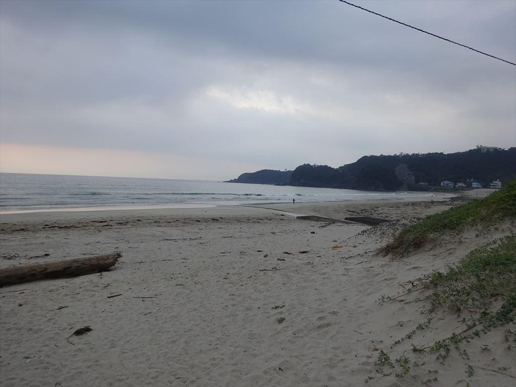 朝一のサーフィン